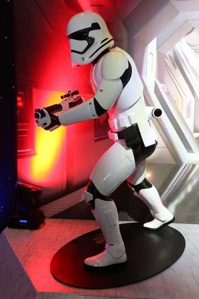 MEXICO CITY, MEXICO - DECEMBER 08: General atmosphere of the Fan Event and Q&A of Star Wars The Force Awakens at the Cinemex Antara In Mexico City, Mexico, December 08, 2015. The World Premiere will be the next December 18. (Photo by Victor Chavez/Getty Images for Walt Disney Studios)