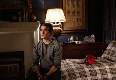 "SCREAM QUEENS: Diego Boneta in the two-hour ""Dorkus""/""The Final Girl(s)"" season finale episode of SCREAM QUEENS airing Tuesday, Dec. 8 (8:00-10:00 PM ET/PT) on FOX. ©2015 Fox Broadcasting Co. CR: Patti Perret/FOX"
