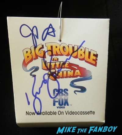 kurt russell signed autograph big trouble in little china counter stand chinese food take out box