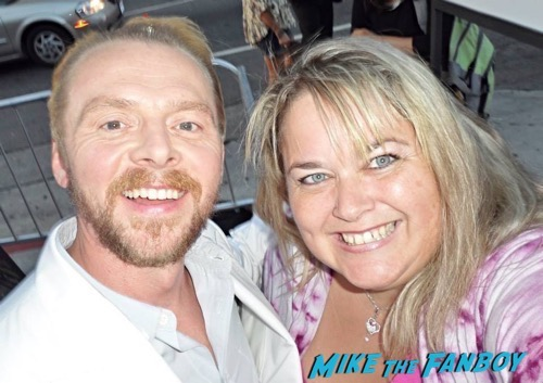 simon pegg liam neeson fan photo selfie