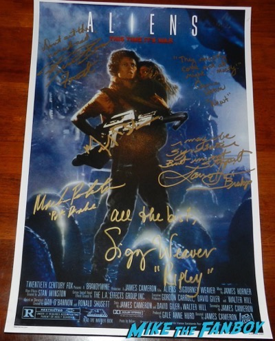 Aliens cast signed autograph poster sigourney weaver carrie henn michael biehn lance henricksen