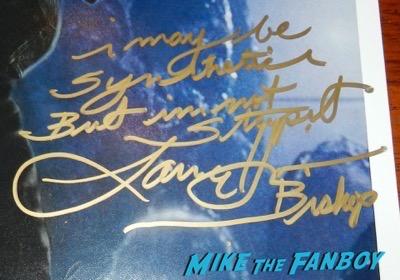 Aliens Reunion meeting Lance Henriksen signing autographs now 2016