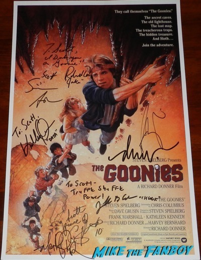 Drew Struzan signed the goonies posterDrew Struzan signed the goonies poster