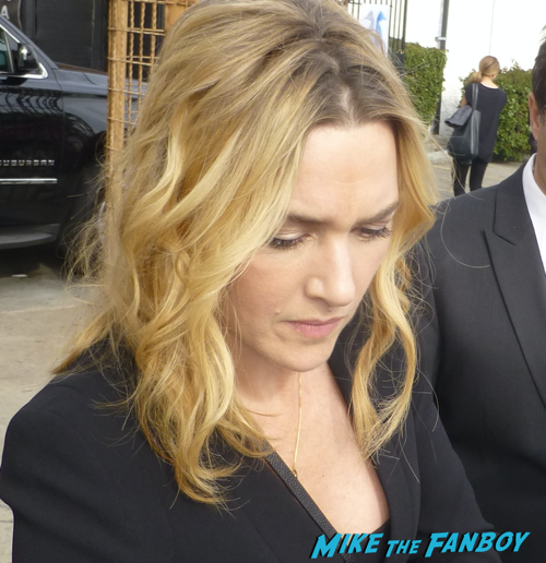 Kate Winslet signing autographs steve jobs q and a 2
