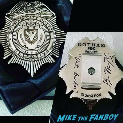 ben mckenzie signed autograph gotham badge