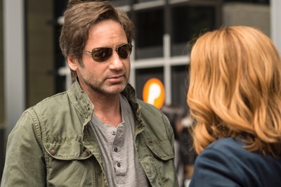 THE X-FILES:  David Duchovny as Fox Mulder. The next mind-bending chapter of THE X-FILES debuts with a special two-night event beginning Sunday, Jan. 24 (10:00-11:00 PM ET/7:00-8:00 PM PT), following the NFC CHAMPIONSHIP GAME, and continuing with its time period premiere on Monday, Jan. 25 (8:00-9:00 PM ET/PT). The thrilling, six-episode event series, helmed by creator/executive producer Chris Carter and starring David Duchovny and Gillian Anderson as FBI Agents FOX MULDER and DANA SCULLY, marks the momentous return of the Emmy Award- and Golden Globe-winning pop culture phenomenon, which remains one of the longest-running sci-fi series in network television history. ©2015 Fox Broadcasting Co. Cr: Ed Araquel/FOX