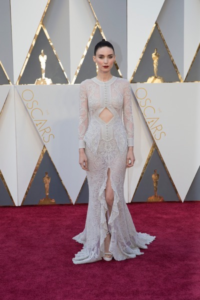 THE OSCARS(r) - ARRIVALS - The 88th Oscars, held on Sunday, February 28, at the Dolby Theatre(r) at Hollywood & Highland Center(r) in Hollywood, are televised live by the ABC Television Network at 7 p.m. EST/4 p.m. PST.  (ABC/Rick Rowell) ROONEY MARA