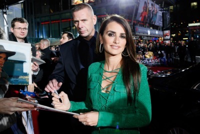 Zoolander No. 2 fan screening signing autographs Penelope Cruz