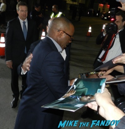 courtney b vance signing autographs The People v. O.J. Simpson: American Crime Story premiere 5