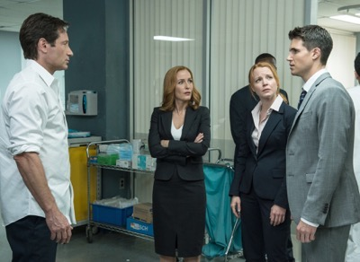 "THE X-FILES: L-R:  David Duchovny, Gillian Anderson, guest star Lauren Ambrose and guest star Robbie Amell in the ""Babylon"" episode of THE X-FILES airing Monday, Feb. 15 (8:00-9:00 PM ET/PT) on FOX.  ©2016 Fox Broadcasting Co.  Cr:  Ed Araquel/FOX"