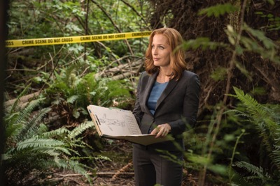 "THE X-FILES:  Gillian Anderson in the ""Mulder & Scully Meet the Were-monster"" episode of THE X-FILES airing Monday, Feb. 1 (8:00-9:00 PM ET/PT) on FOX.  ©2016 Fox Broadcasting Co.  Cr:  Ed Araquel/FOX"