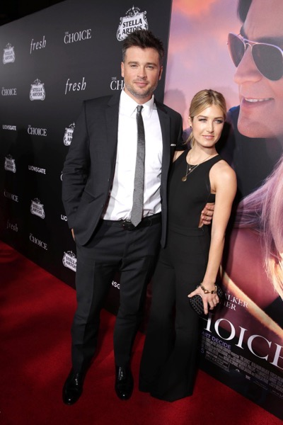 Tom Welling and guest seen at Lionsgate's Los Angeles Special Screening of 'The Choice' at Arclight Hollywood on Monday, Feb. 1, 2016, in Hollywood, CA. (Photo by Eric Charbonneau/Invision for Lionsgate/AP Images)