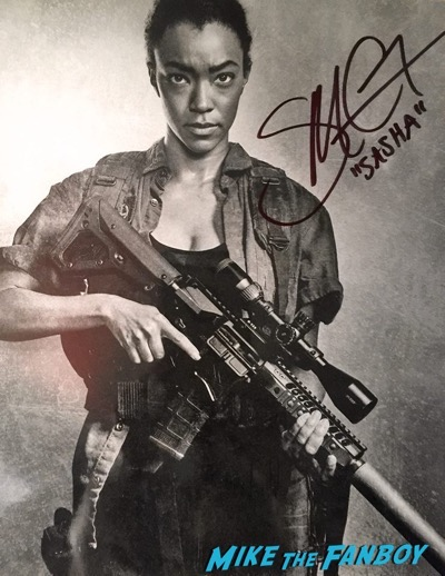Sonequa Martin Green signed autograph photo Walker Stalker Con6
