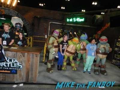 Wondercon 2016 teenage mutant ninja turtles booth