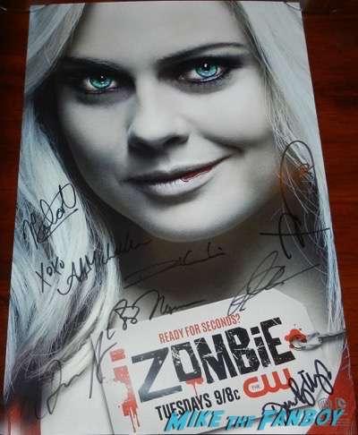 iZombie cast signed autograph poster Wondercon 2016  Rose Mciver
