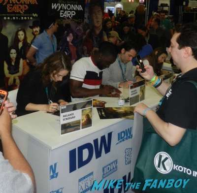 Wynonna Earp cast autograph signing IDW Booth Tim Rozon Wondercon
