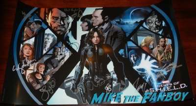agents of S.H.I.E.L.D. cast autograph signing wondercon exclusive poster