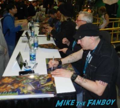 Teenage Mutant Ninja Turtles voice cast Autograph signing Wondercon
