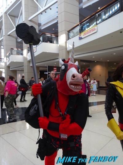 c2e2 2016 cosplay caddyshack loki 2