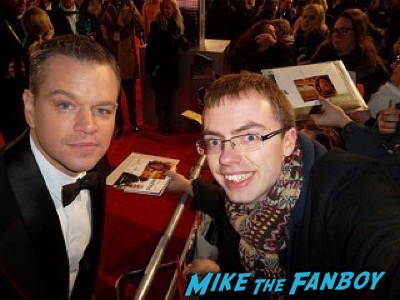 Matt Damon Bafta Awards 2016 signing autographs 13