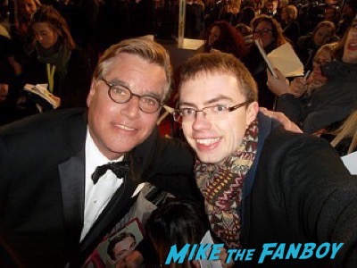 aaron sorkin fan photo Bafta Awards 2016 signing autographs 14