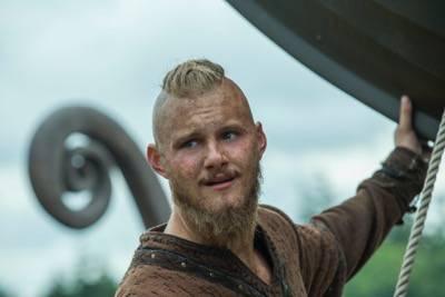 """Vikings episode 8 """"Portage"""" airs Thursday, April 7 at 10 p.m.(cr_ Bernard Walsh _ HISTORY)"""