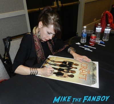 Fairuza Balk signing autographs now Days of the Dead convention 2016 6