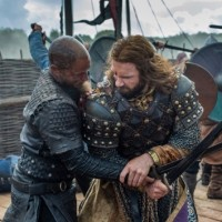 vikings mid season finale