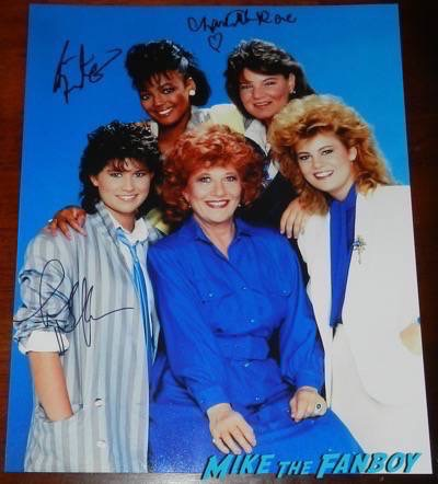 Facts of Life cast photo  signed autograph kim fields charlotte rae mindy cohn nancy mckeon