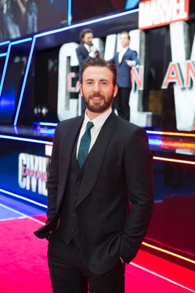 "London UK : Chris Evans attends the European Premiere Of Marvel's ""Captain America: Civil War"" in London on April 26th, 2016. (Credit  : StingMedia for Disney)"