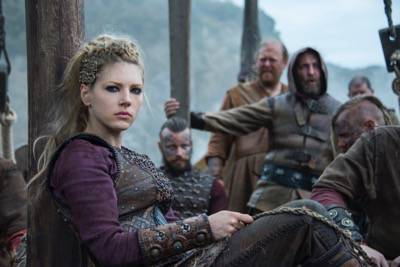 "Vikings episode 8 ""Portage"" airs Thursday, April 7 at 10 p.m.(cr_ Bernard Walsh _ HISTORY)"