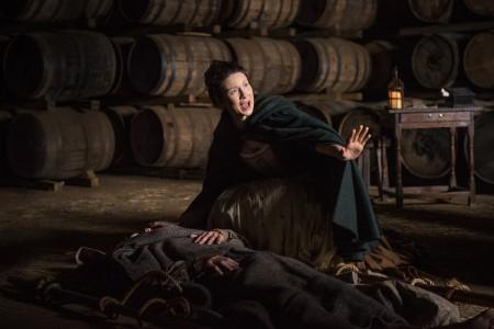Outlander_201_Claire+Randall+Fraser+(Caitriona+Balfe)