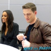 Zachary Appleman and Lyndie Greenwood sleepy hollow wondercon press room