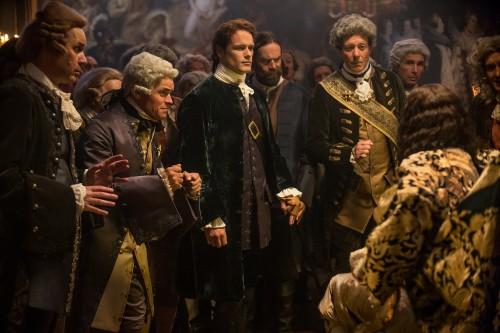 Sam Heughan (as Jamie Fraser), Lionel Lingelser (as King Louis XV), Duncan Lacroix (as Murtagh Fitzgibbons)