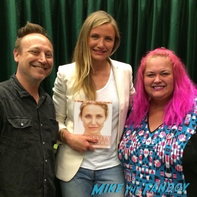 Cameron Diaz book signing longevity book photo fans 1