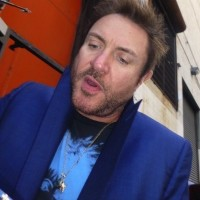 Simon Le Bon Duran Duran meeting fans signing autographs simon lebon5
