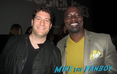 Mike Colter fan photo signing autographs