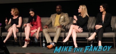 Jessica Jones FYC q and a kristen ritter carrie anne-moss signing autographs 19