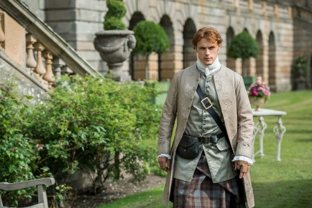 Sam+Heughan+(as+Jamie+Fraser)-+Episode+205