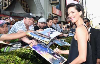 "HOLLYWOOD, CA - JUNE 21:  Actress Rebecca Hall arrives on the red carpet for the US premiere of Disney's ""The BFG,"" directed and produced by Steven Spielberg. A giant sized crowd lined the streets of Hollywood Boulevard to see stars arrive at the El Capitan Theatre. ""The BFG"" opens in U.S. theaters on July 1, 2016, the year that marks the 100th anniversary of Dahl's birth, at the El Capitan Theatre on June 21, 2016 in Hollywood, California.  (Photo by Alberto E. Rodriguez/Getty Images for Disney) *** Local Caption *** Rebecca Hall"
