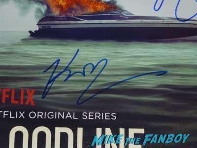 Bloodline season 2 premiere kyle chandler signing autographs 3
