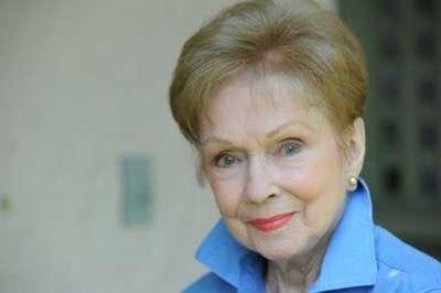 Gloria Henry