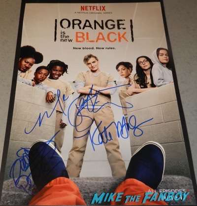 Orange Is The New Black Season 4 signed autograph poster taylor schilling psa