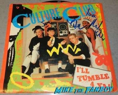 culture club boy george signing autograph I'll tumble 4 ya 45 record lp psa