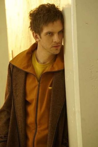 legion-actor-dan-stevens 2