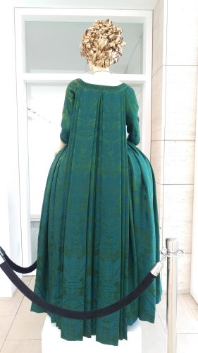 Claire Fraser Peackock Silk Gown (Starchamber)