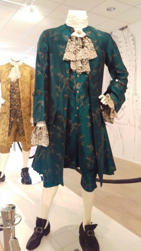Comte St. Germain (Turquoise hand-painted silk suit)