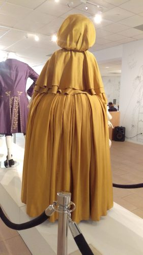 Back: Claire Fraser (Saffron silk gown and cape)