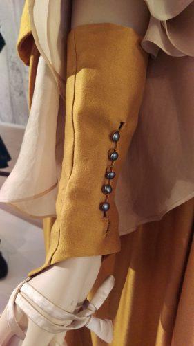 Glove Details: Claire Fraser (Saffron silk)
