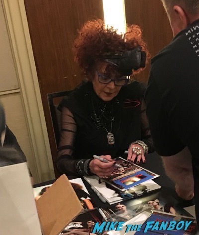 Patricia Quinn signing autographs Rocky Horror Picture Show reunion 2016 hollywood Show 108